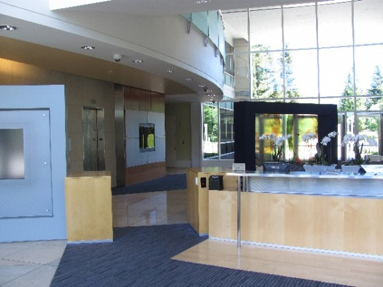 Singer General Contractor : Lobby Front Desk