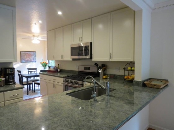 Singer General Contractor : Bates-Kitchen