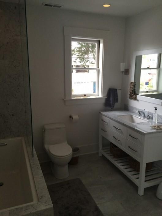 Singer General Contractor : Bathroom