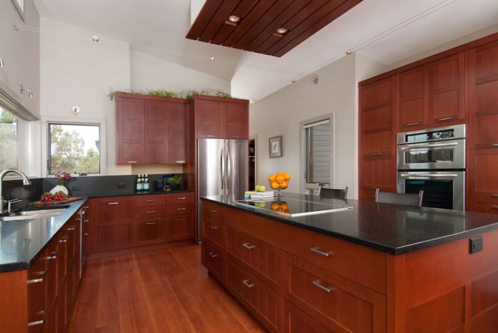 Hansmann Construction: Rustic_Ranch_Kitchen_750