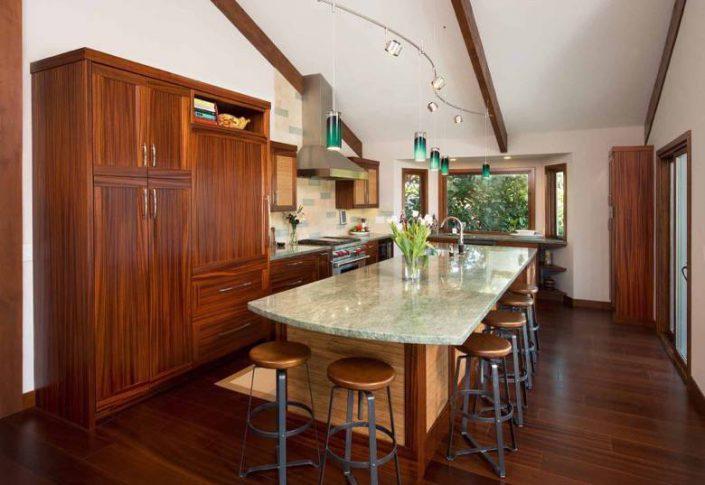 Santa Cruz Design + Build: mahogany kitchen