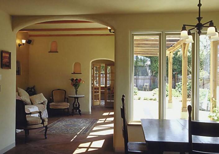 Boa Constructor Green Building & Design: Solar Strawbale Interior