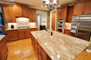 Chip's Custom Creations: custom-cabinets-manufactures
