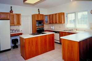 Chip's Custom Creations: laminate-countertops-services