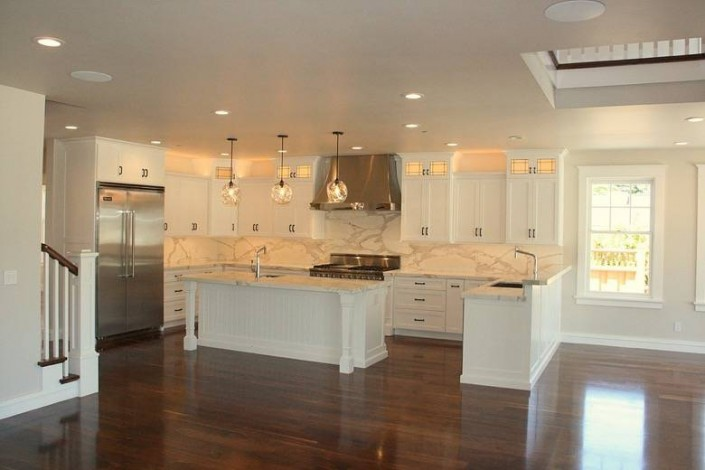 Meschi Construction Inc.: kitchen dining room