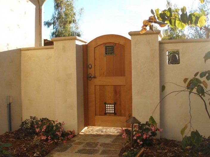 Willams Gate Works: archtop speak-easy style wood gate