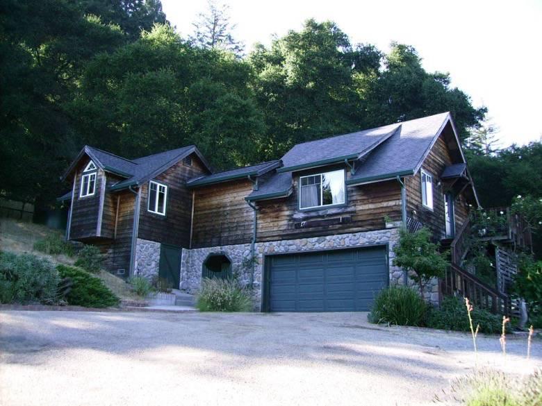 Donna Stewman Fine Home Design: Guest unit in Ben Lomond