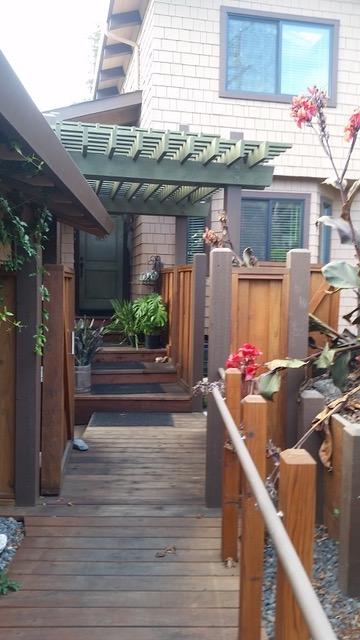 Hartrich Design-Build - J&K looking toward front door