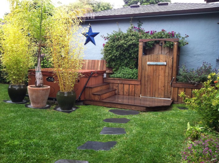 Santa Cruz County Builders, Inc: Backyard