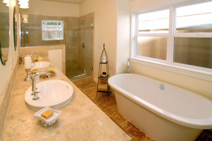 Portfolio-Boyd-and-Sons-Construction-: Bathroom Remodel
