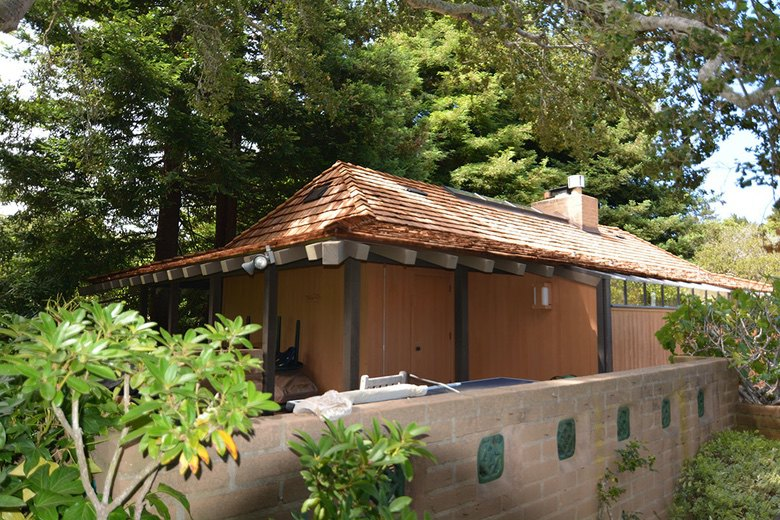 Premo Roofing: Class A fire rated heavy cedar shake