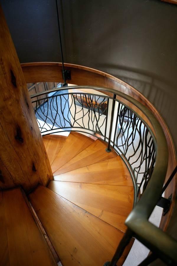 Santa Cruz Design + Build: stair railing