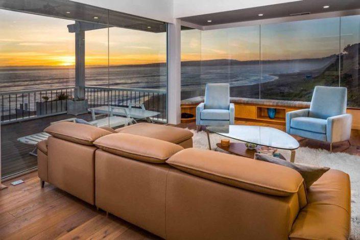 Santa Cruz Design + Build: living room