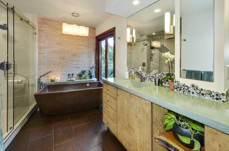 Santa Cruz Design + Build: master bathroom