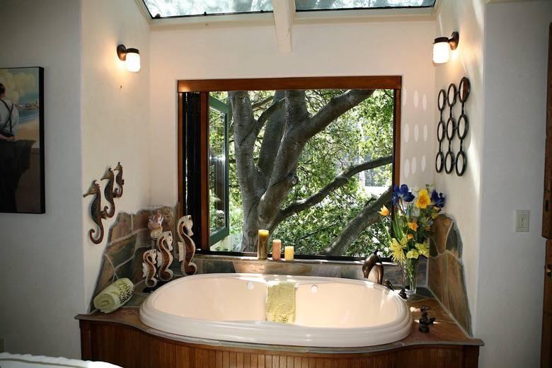 Santa Cruz Design + Build: master tub
