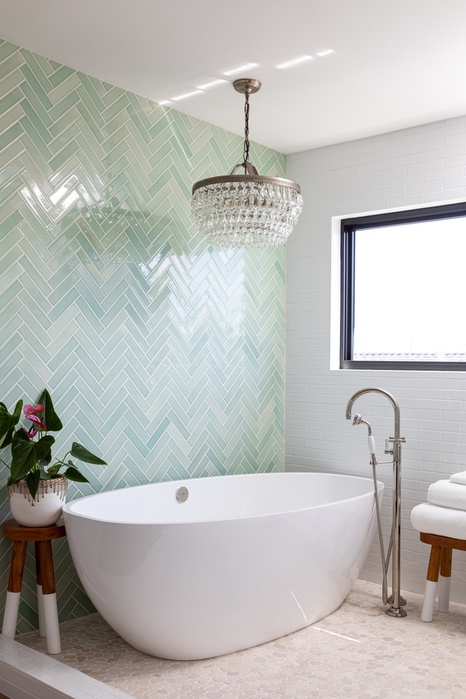Urbana Design Studio - Master Tub