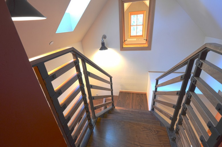 MS Builders: 900 sq ft cottage in the redwoods