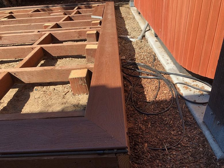 Mazzei Construction Deck Edge Detail