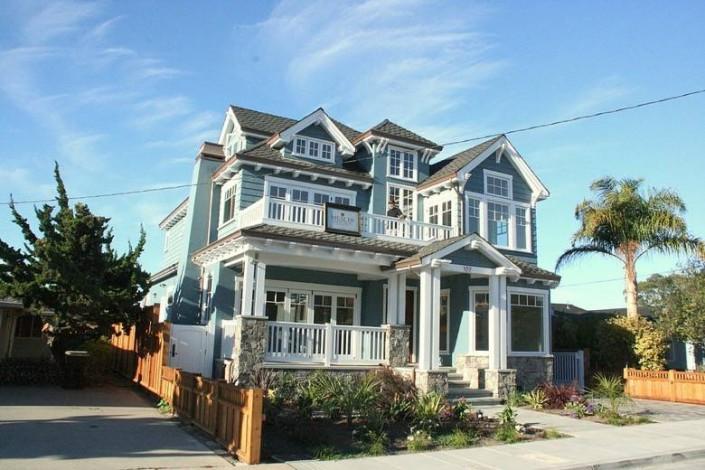 Meschi Construction Inc.: house