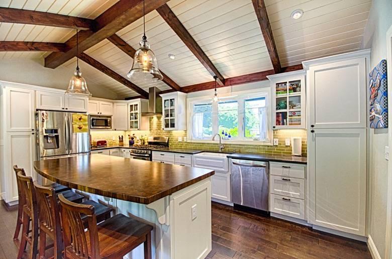 Golden Visions Design: Ranch Style Kitchen - Santa Cruz, CA