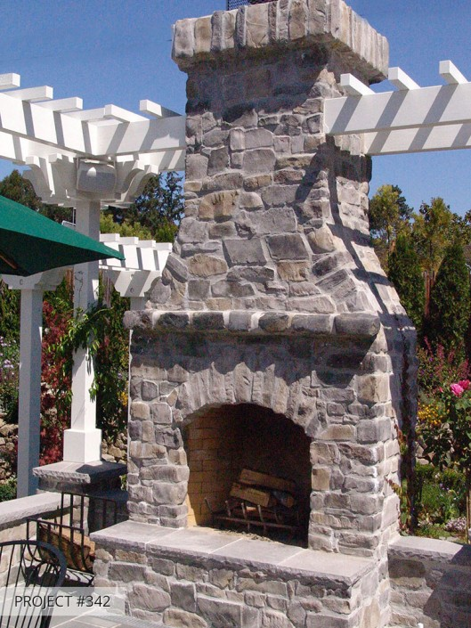 Talmadge Construction: Outdoor fireplace